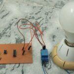 ¿Cómo hacer un circuito de conmutación automática de la luz del baño?